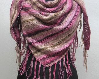 Handmade-triangle yarn scarf
