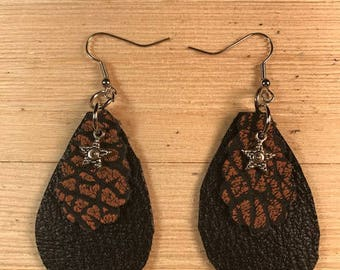 Leather earrings, double teardrop earrings, black earrings, Bold earrings,