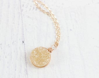 Peach Druzy Necklace, Rose Gold Bridesmaids Necklace, Rose Gold Druzy Necklace, Druzy Pendant Necklace, Champagne Druzy Necklace