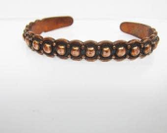 Vintage Ball Bead Detailed Copper Cuff Bracelet - Size 7 - 7 1/2     1891