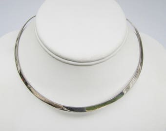 Sterling Silver Wide Collar Necklace - Great to Wear with Pendants    1901E