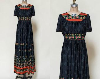 Vintage Floral Maxi Dress --- 1970s Black Dress