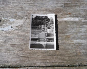 Vintage 1930/30s old French black and white snapshot photography children