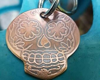 Etched Sugar skull keychain, Calavera keychain, dia de Los muertos, skull keychain, skull etched keychain, ready to ship