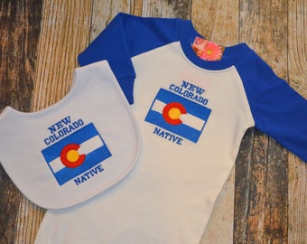 New Colorado Native Baby Gown and Bib -  Raglan Infant Gown - Colorado Flag