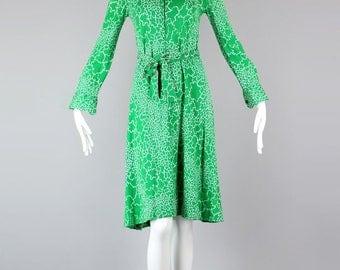 Iconic 1970s Diane Von Furstenberg Made in Italy Kelly Green Print Dress