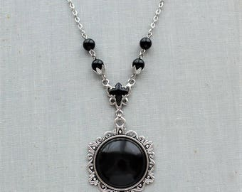 Black Onyx Necklace. Gemstone Necklace.