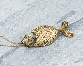 Vintage Fish Locket Necklace, Fish Necklace Movable Pendant, Long Gold Chain, Nautical Jewelry, Large Nautical Necklace