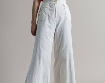 Vintage 70s White Flared Pants / Cotton High Waist Trousers / 4