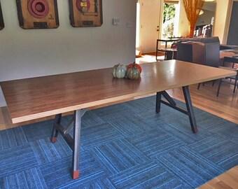 Midtown table