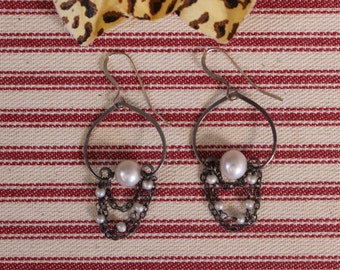 Antiqued Chain and Pearl Dangle Earrings