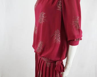 Vintage 80s Does 20s Beetroot Red  Floral Print Pattern Dress with Pleated Skirt Drop Waist Dress Made in Australia