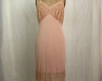 "Vintage 1950s Seamprufe Beige Full Slip ~ Lace Trim ~ Bust 36"" ~ Nylon ~ Made in USA"