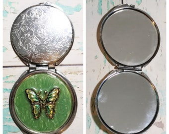 Vintage Green Butterfly Compact with Engraved Flowers // Sliver Compact Mirror