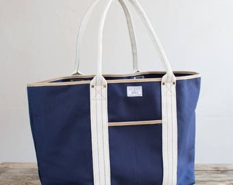 Boat Tote in 24oz Duck Canvas - Navy