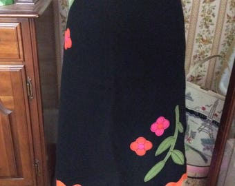 Vintage 1990s Skirt Black Thick Felt Fully Lined In Orange Satin Blend Fabric Scalloped Hem