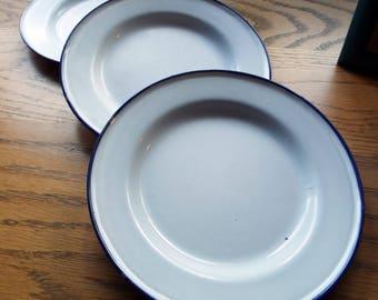 Set of 3 Vintage KER Sweden Enamelware Plates
