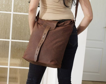 Waterproof Waxed Canvas Messenger Leather frame, Canvas Leather Messenger Bag, Canvas Cross body Bag, Laptop Bag, Canvas Messenger, Zoe