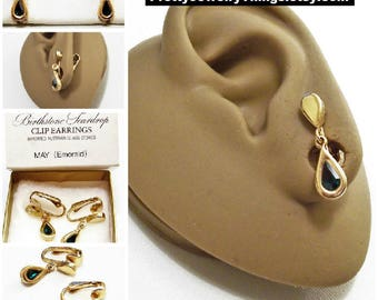 Avon Green Emerald Crystal Teardrop Clip On Earrings Gold Tone Vintage 1977 Austrian May Birthstone Glass Stone Bezel Set Wide Band Edge