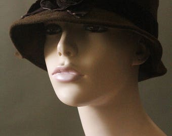 Vintage 90's Handmade Dark Chocolate Brown Felt, Velvet and Wired Button Cloche Hat by Lisa Shaub Couture of New York