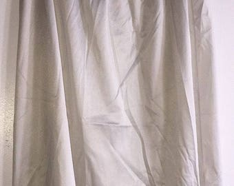 Vintage Women's Slip Made By Vanity Fair Size Medium Gray/Silver Lace USA