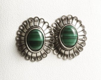Vintage Sterling Silver Malachite Earrings, Green Malachite Stone, Southwestern Jewelry, 925 Boho Gift for Her, Green Stone Earrings (V6865)