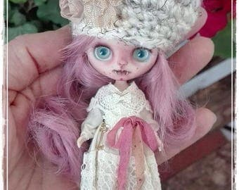 Custom Blythe Dolls For Sale by PÚRPURA  Petite Blythe custom doll by Antique Shop Dolls