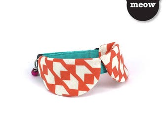 GOOOD Cat Collar   Dapper Round - Amber Arrows   100% Coral Pink & Turquoise Cotton Fabric   Safety Breakaway Buckle