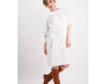 Vintage white cotton dress / 1980s drop waist puffed sleeves / Pintucked pleats / 80s does 20s S M
