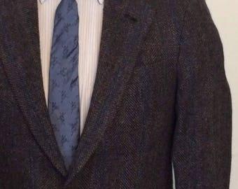 Vintage MENS Hunting Horn by J. Riggings dark grey herringbone wool tweed blazer, sport coat or jacket, made in U.S.A.