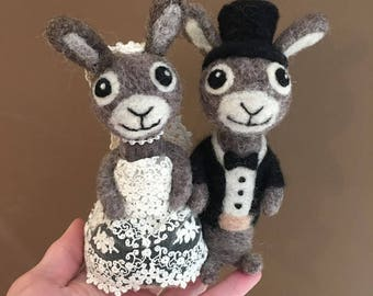 "5"" Black and Cream Wedding Bunnies Cake Topper - Needle Felted - READY TO SHIP - Lace and Wool"