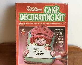 Vintage 80's Strawberry Shortcake Cake Decorating Kit Mold
