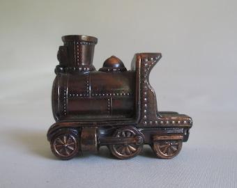 Steam Engine Train Ashtray, Vintage Tobacciana Collectible Smoker Smoking Funnel, Metal, Smokestack