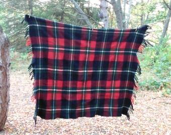 Vintage Wool Blanket - Plaid Throw - Plaid Blanket - Christmas Decor - Cottage - Farmhouse