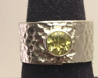 Hammered Sterling Band Ring set with a Peridot stone
