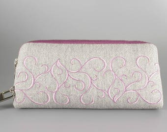 Embroidered clutch / Embroidered Wallet