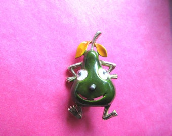 Anthropomorphic Brooch Pin Google Eyes Googley Eyed Smiling Pear Figural fruit Vintage Costume Jewelry brooches pins MoonlightMartini