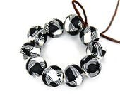 Black and white plaid beads/ plaid beads/ plaid design/ handmade beads/ black beads/ DIY crafts/ beads supplies/ polymer clay beads/ unique