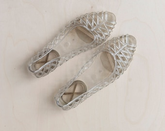 vintage clear jelly shoes