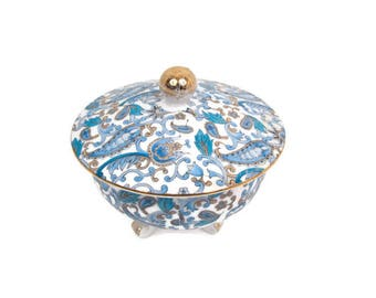 Vintage Lefton China Blue Paisley Candy Dish Footed Bowl With Lid Trinket Box Jewelry Gold Trim Brushed Gilt Handle Made in Japan Porcelain