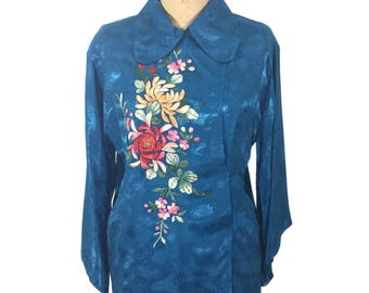 vintage 1950's Asian pajama top / blue / rayon / embroidered top / floral dragon clouds blouse / women's vintage blouse / size large