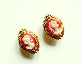 Vintage Cameo Earrings / Gold Cameo Romantic Boho Jewelry / Victorian Lady Earrings / Bohemian Romance Earrings