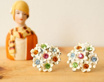 Vintage Floral Earrings/ Vintage Jewelry/ Earrings/ 1950s Jewelry/ Antique jewelries/Floral Enamel Earrings/ Floral Earrings/ Retro Jewelry