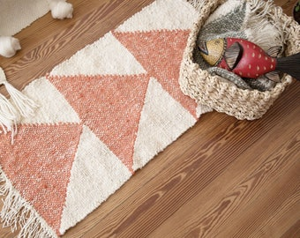 Arrow Small area rug, Hand craft tapestry, Boho floor covering throw, Decorative mat, Tribal, Southwestern, Navajo Style, Christmas home gif