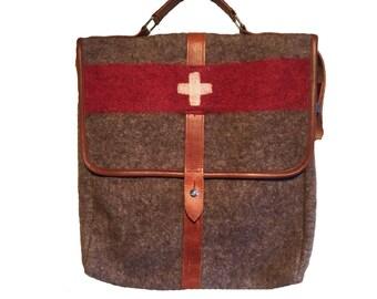 WD46P Swiss Army Recycling Blanket Bag by Karlen Swiss