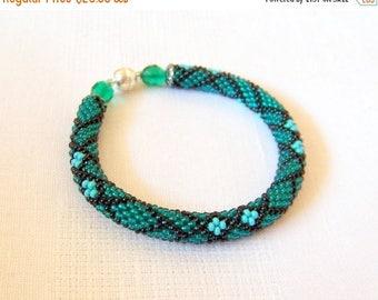 15% SALE Bead Crochet Bracelet - Beadwork - Round Chunky Bangle - Geometric Design Bracelet - emerald green, turquoise and black