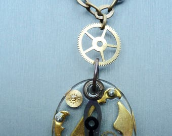 Steampunk embedded oval resin pendant necklace