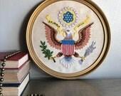 vintage crewel US coat of Arms patriotic e pluribus unum framed round