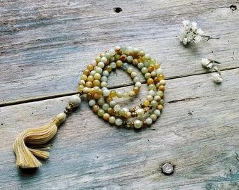 Beautiful xiu jade gemstone mala necklace