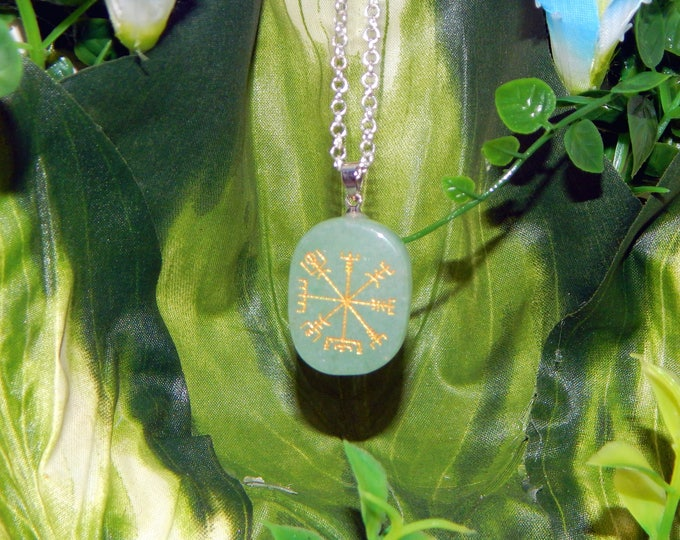 VIKING Vegvísir Heathen GREEN AVENTURINE Necklace Talisman - Charm necklace includes silver link chain